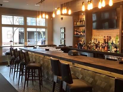 vida indianapolis interior cocktail bar