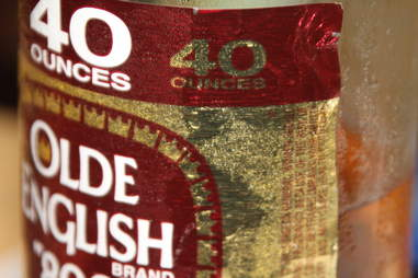 olde english malt liquor forty
