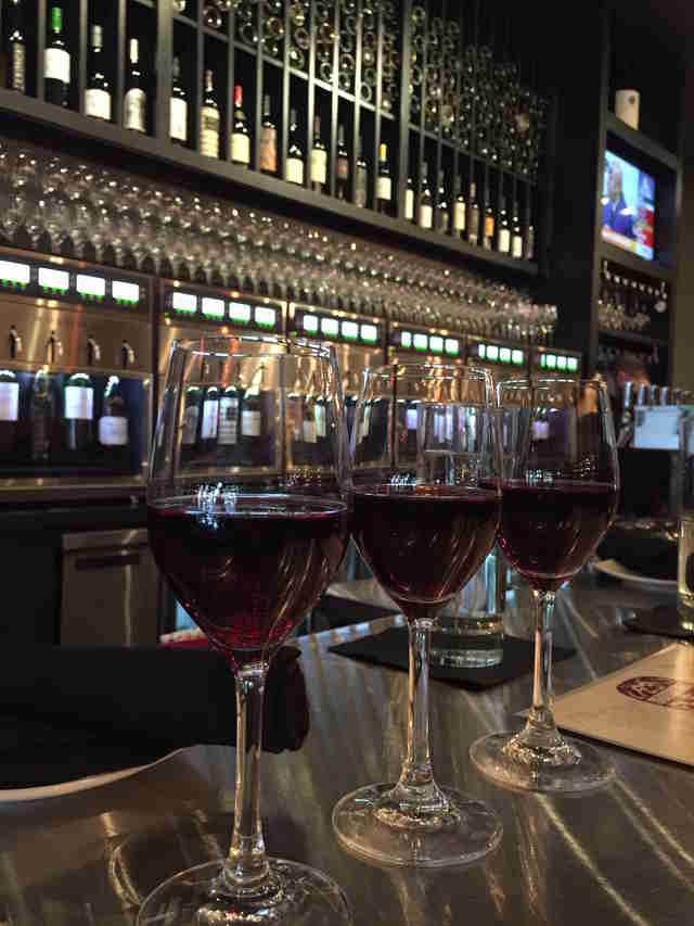 LouVine wine bar, The Highlands bars