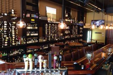 Commonwealth tap, North Commons bars