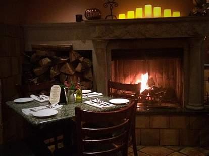manetta's ristorante long island city new york nyc italian restaurant fireplace interior
