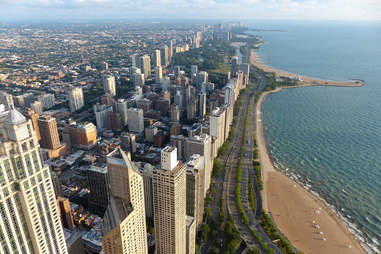 lake shore drive, the lakefront, chicago, skyline