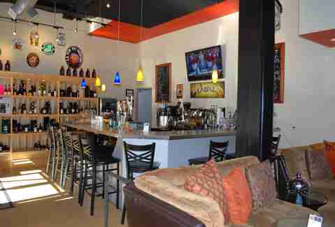wine bar The Alcove, wine bottles