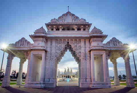 BAPS Shri Swaminarayan Mandir Hindu temple is Stafford, Houston, Texas