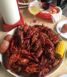 boiled crawfish with corn and potatoes at Shoal Creek Saloon