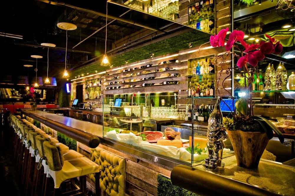 The 10 Best Wine Bars in San Diego - Thrillist