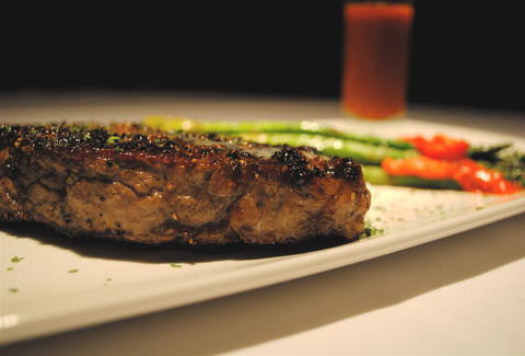 peppercorn steak and asparagus fleming's prime steakhouse memphis
