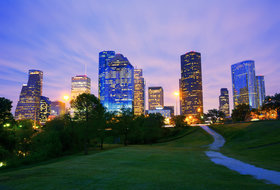 Houston - Best Restaurants, Bars and Things to Do - Thrillist