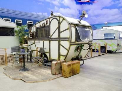 trailer in basecamp hostel in germany