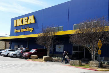 Large parking lot in front of Dallas IKEA