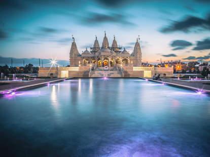 BAPS Shri Swaminarayan Mandir Hindu temple is Stafford, Houston, Texas