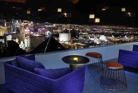 Skyfall Lounge In Delano Las Vegas