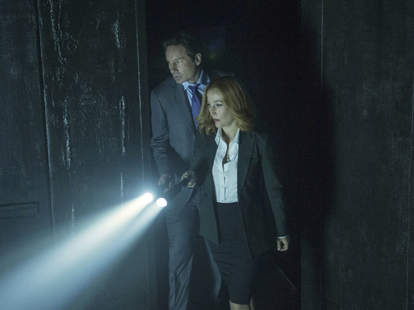 Mulder and Scully in The X-Files miniseries