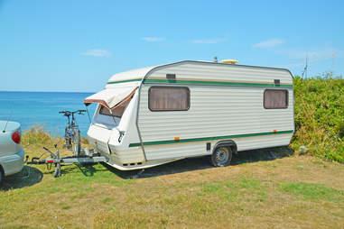 caravan car family vacation