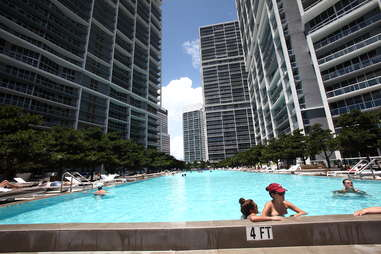 Icon Brickell Miami Pool