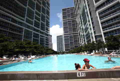 Icon Brickell Miami Pool