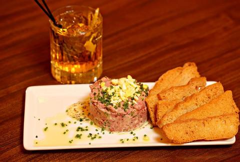 Bin 216, steak tartare, wine bar, Cleveland wine bars