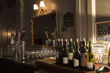 Colorado Wine company, bottles of wine, interior
