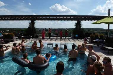 austin pool house airbnb