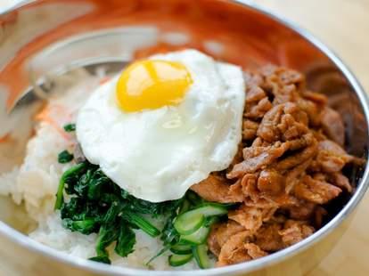 chicago korean bbq dak noodle bowl fried egg