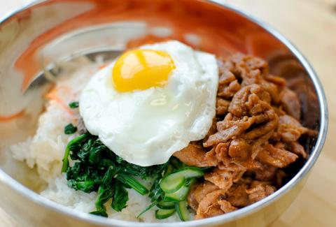 chicago korean bbq dak noodle bowl fried egg