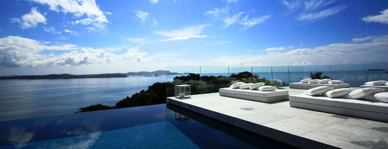 Great Mercury Island pool view