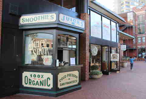 Ghirardelli Square juice shop