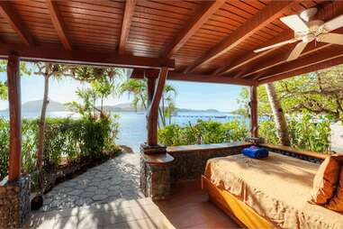 Turtle Island room beach