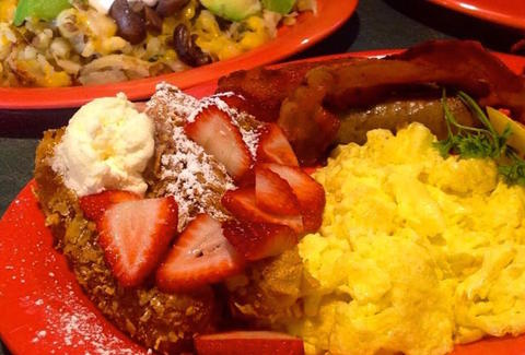 breakfast dishes at the potholder cafe in long beach