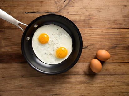 Cooking eggs sunny side up