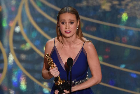 Brie Larson winning Best Actress at the 2016 Oscars