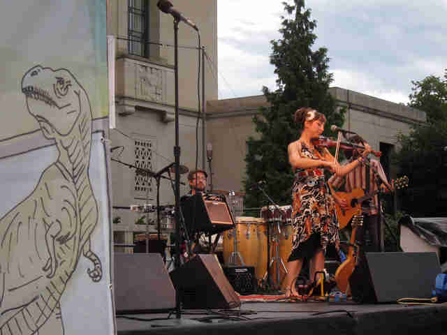 Member of the Ragbirds performing