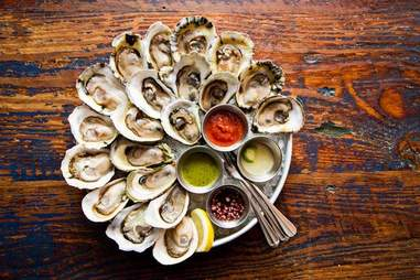 raw oysters on the half shell from desnuda