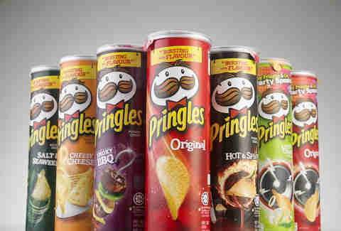 several cans of pringles