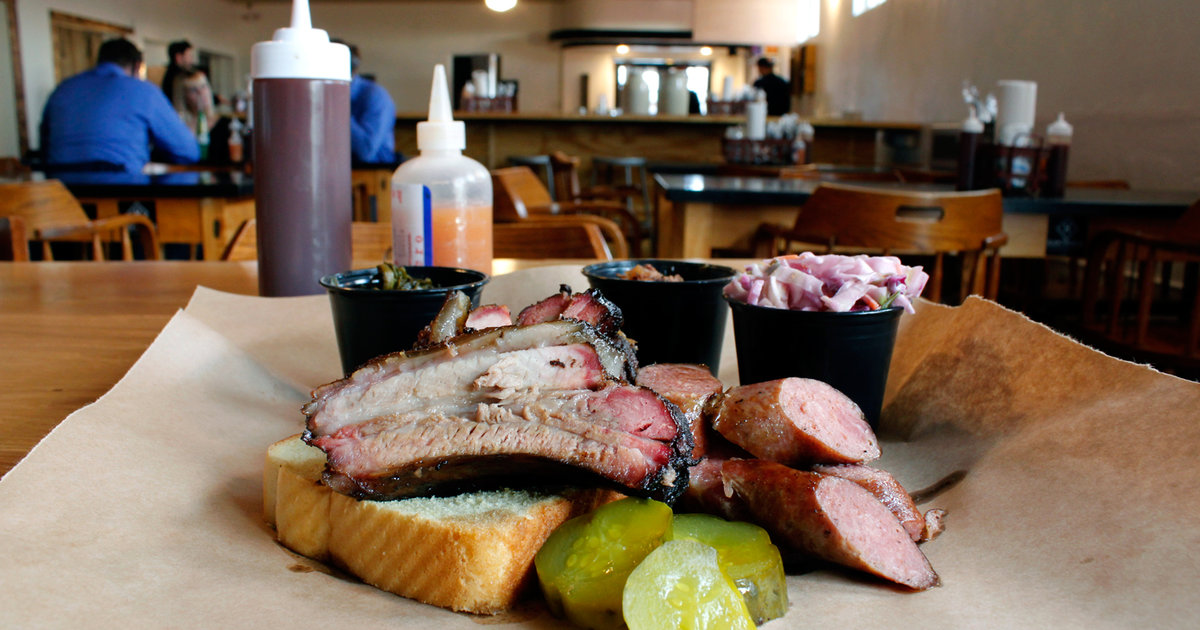 Shawns Southern BBQ: A New Albany, IN Restaurant - Thrillist
