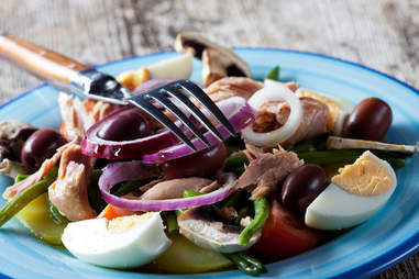 nicoise salad with tuna and egg vitamin d