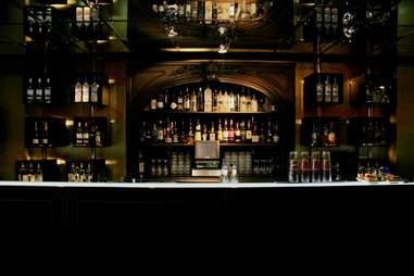 suzy wong bar interior in amsterdam