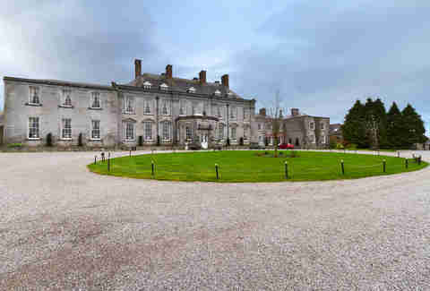 Castle Durrow in Ireland