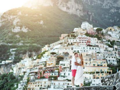 couple on the Amalfi Coast