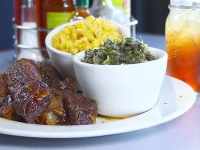 Hughley's Southern Cuisine barbecue in Honolulu, Hawaii