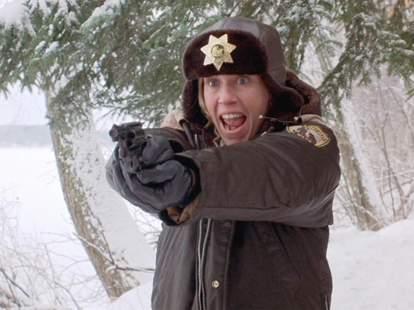 Fargo, Marge Gundersonm, Frances McDormand, gun, snow