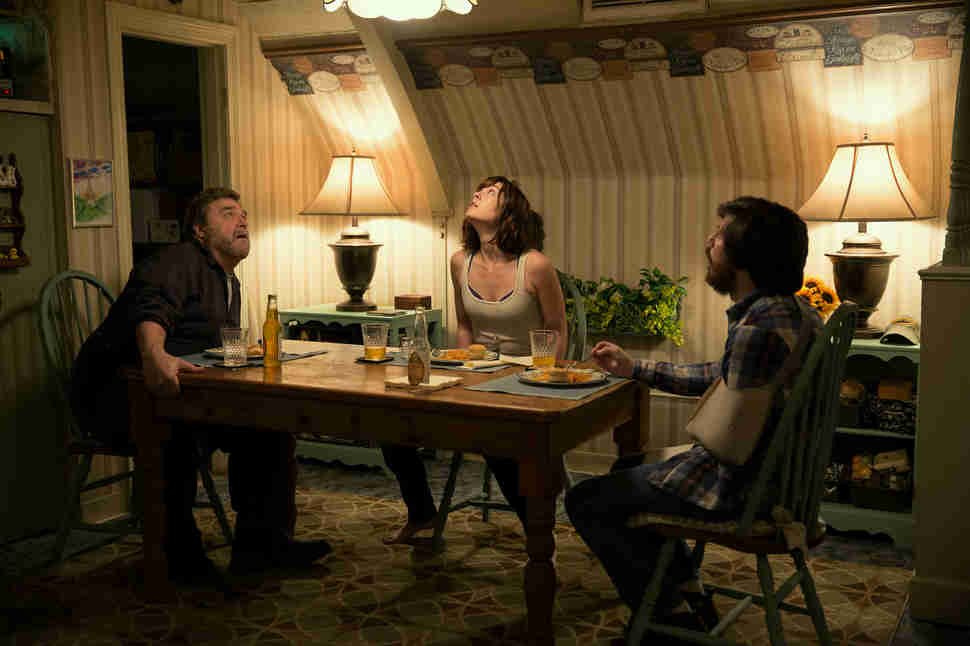 10 cloverfield lane scene