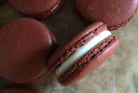 chocolate macaroons from The Blu Kitchen