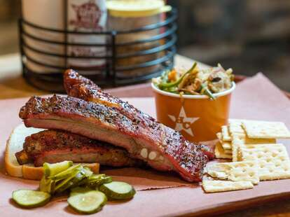 Hill Country Barbecue, barbecue ribs