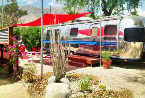 Palm Canyon Hotel & RV Resort, trailor