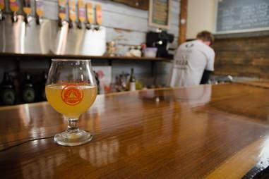 Sloop Brewing, Confliction beer