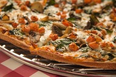 aurelio's pizza crispy crust