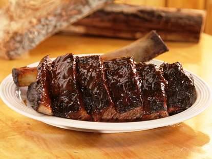 rack of ribs at Daisy Mays