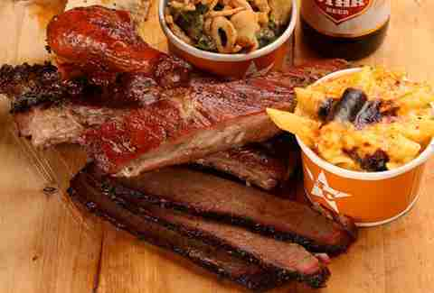 bbq at hill country, ribs, mac and cheese, beer