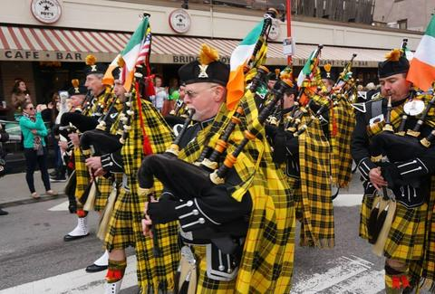 st. patrick's day parade philadelphia bridget foy's bagpipes
